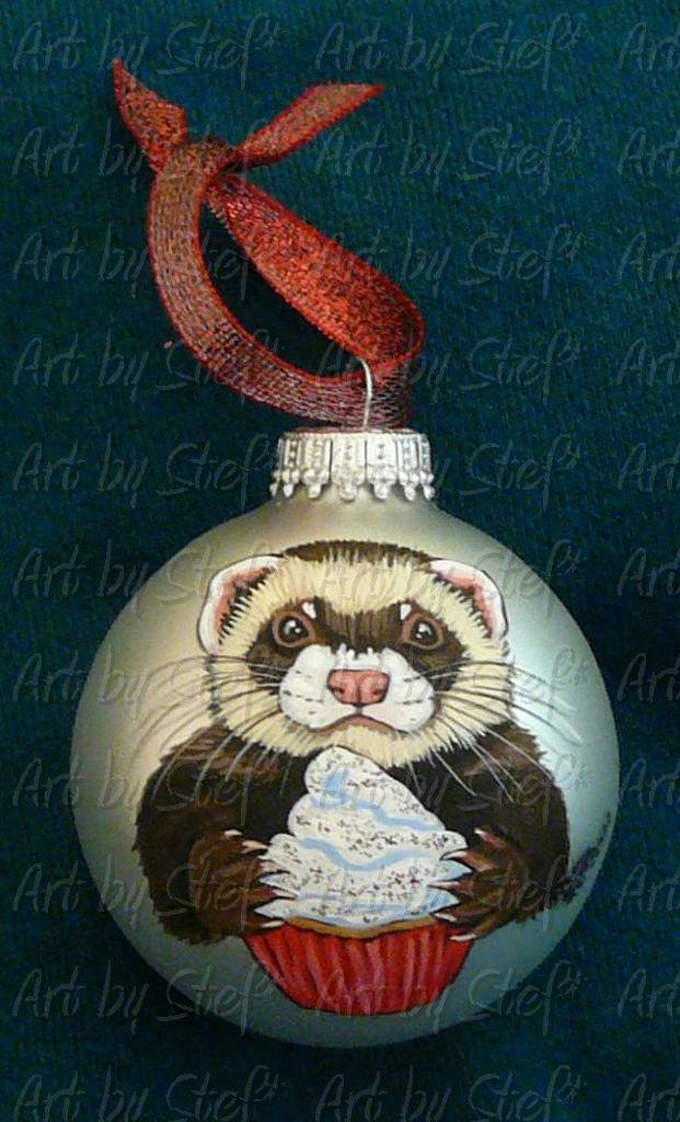 Collectables; Christmas Cupcake Ornament; Hand Painted Christmas Ball; Stef