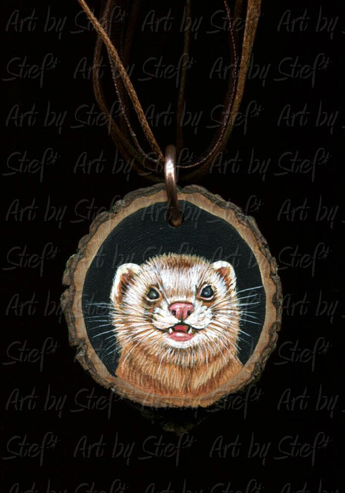 Collectables; Cinnamon Pendant; Handpainted wood slice; Stef
