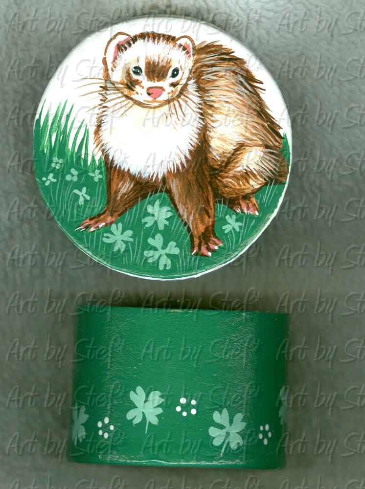 Collectables; Mini Shamrock Trinket Box; Hand Painted Paper Mache; Stef